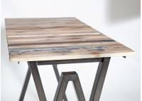 Chaise Cube - Finition noire - Métal et assise bois