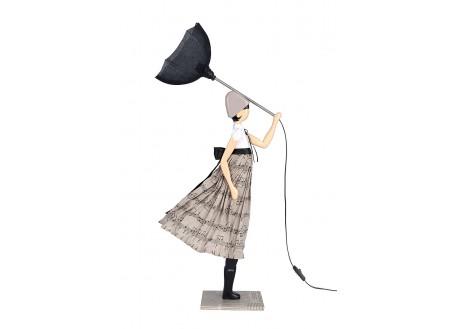Lampe femme au parapluie - Nota