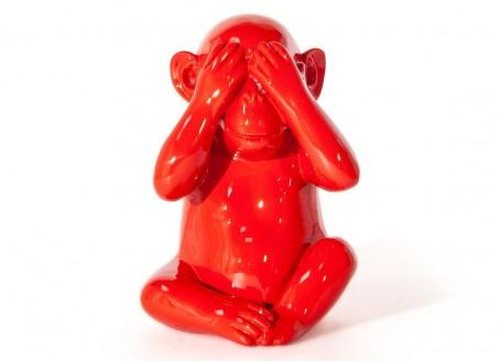 Statue singe de la sagesse Mizaru en résine - rouge