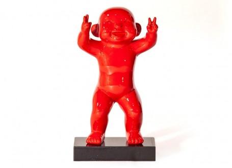 Statue petit homme rouge en résine