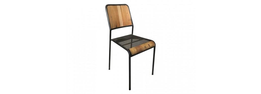 Chaise avec siège perforé + bandeau bois et dossier en bois