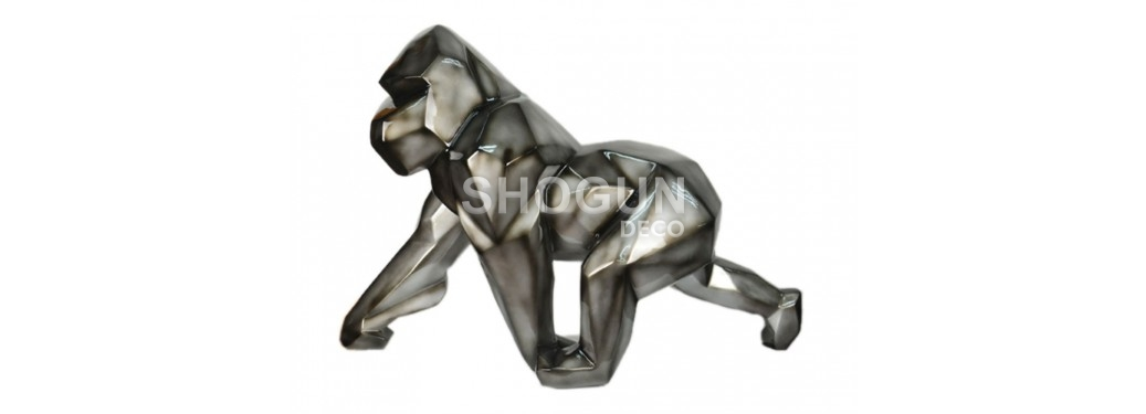 Gorilla statue in resin