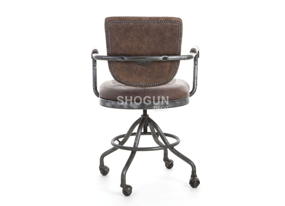 fauteuil de bureau en cuir marron style vintage et m tal sur roulettes. Black Bedroom Furniture Sets. Home Design Ideas
