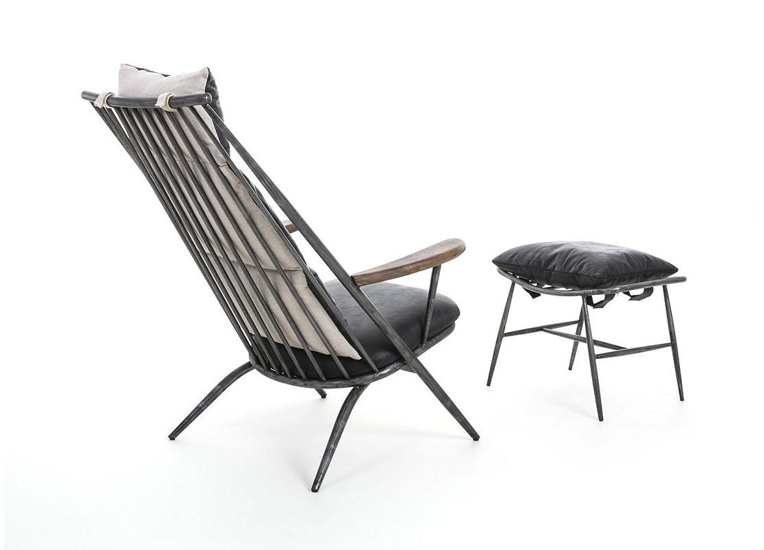 fauteuil en cuir noir vintage et m tal avec repose pied. Black Bedroom Furniture Sets. Home Design Ideas