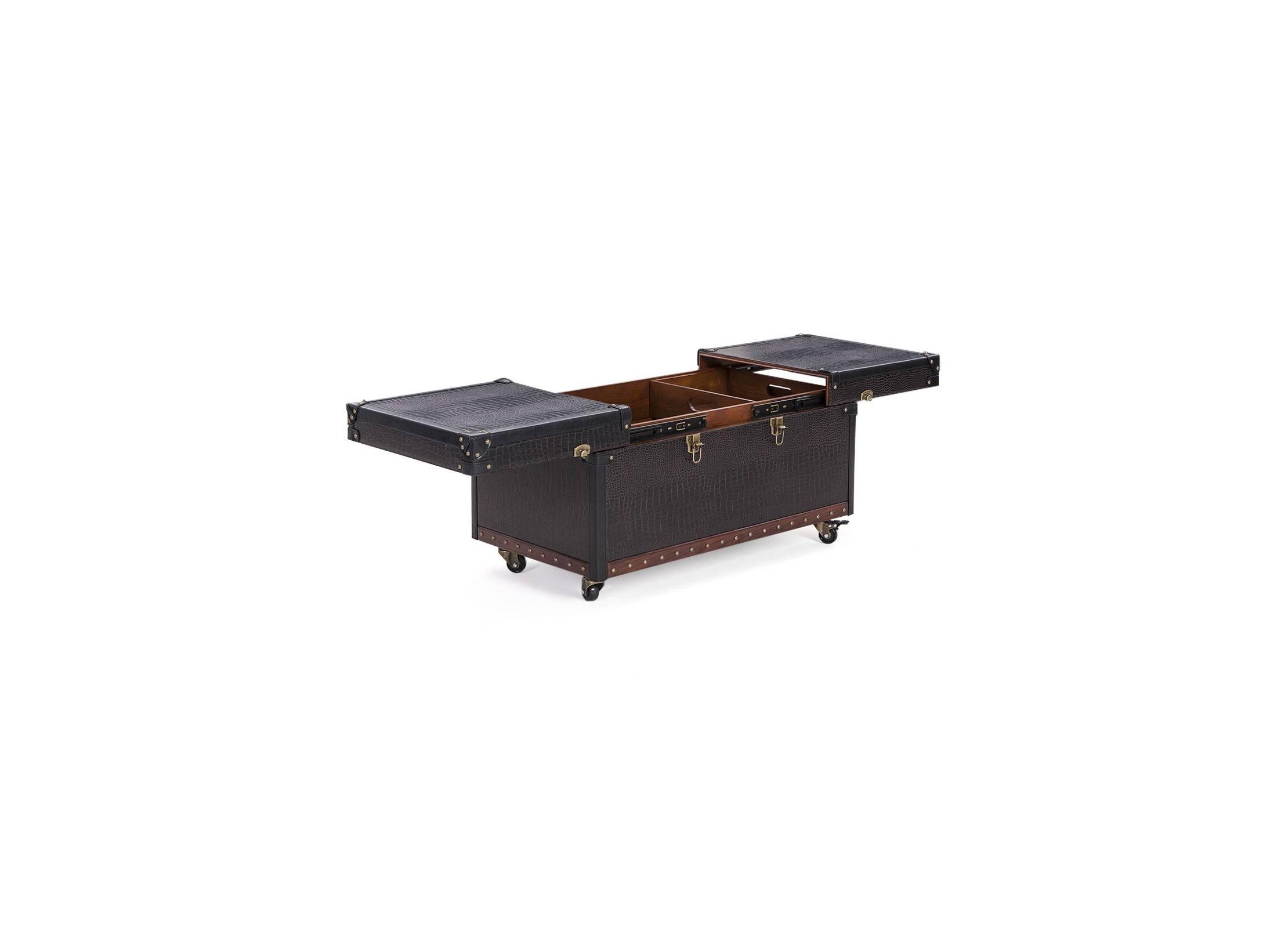 table basse avec ouverture coulissante en simili cuir croco marron fonc. Black Bedroom Furniture Sets. Home Design Ideas