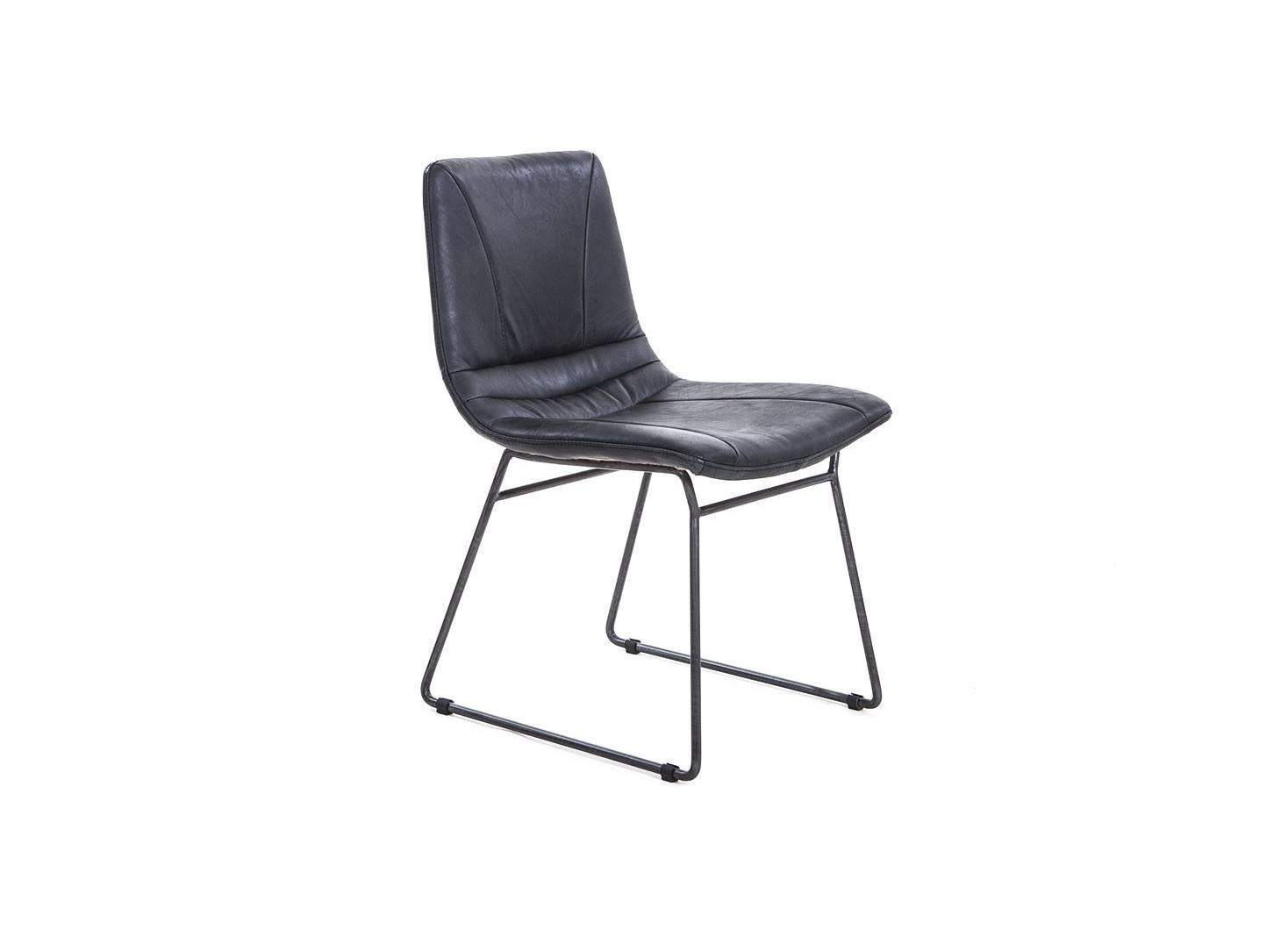 Chaise de bureau en cuir noir vintage et métal noir - L45 cm