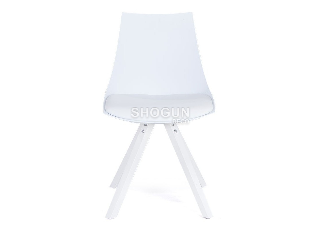 chaise scandinave en cuir blanc synth tique. Black Bedroom Furniture Sets. Home Design Ideas