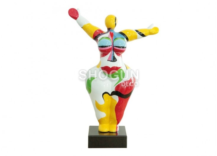 Woman statue in resin very colourful