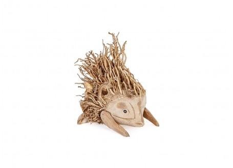 Herisson, sculpture en bois. Artisanat du monde.