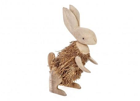 Lapin, sculpture en bois. Artisanat du monde.