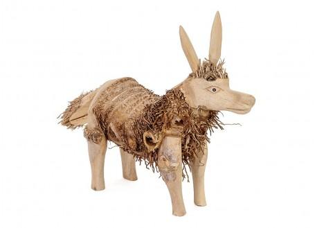Ioup, sculpture en bois. Artisanat du monde.