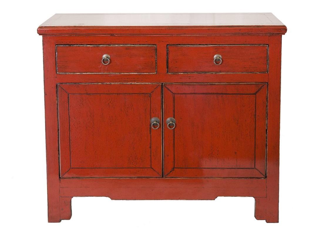 buffet bas bois massif avec finition laqu e rouge 2 portes 2 tiroirs. Black Bedroom Furniture Sets. Home Design Ideas