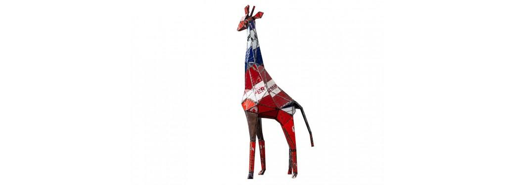 Girafe en bidon recyclé