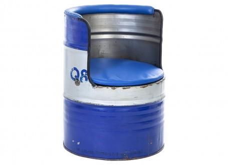 Canapé en bidons recyclés - artisanat