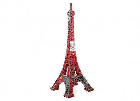 Eiffel tower made ouf of oil can  - arts & crafts