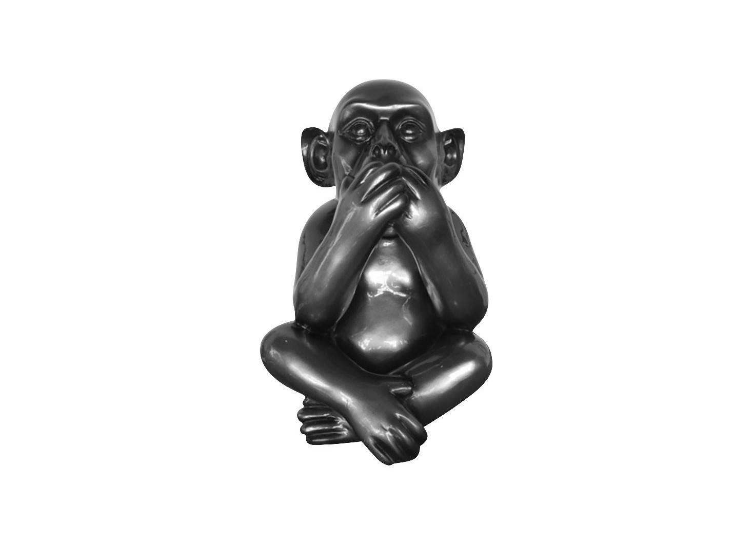 Iwazaru wise monkey statue