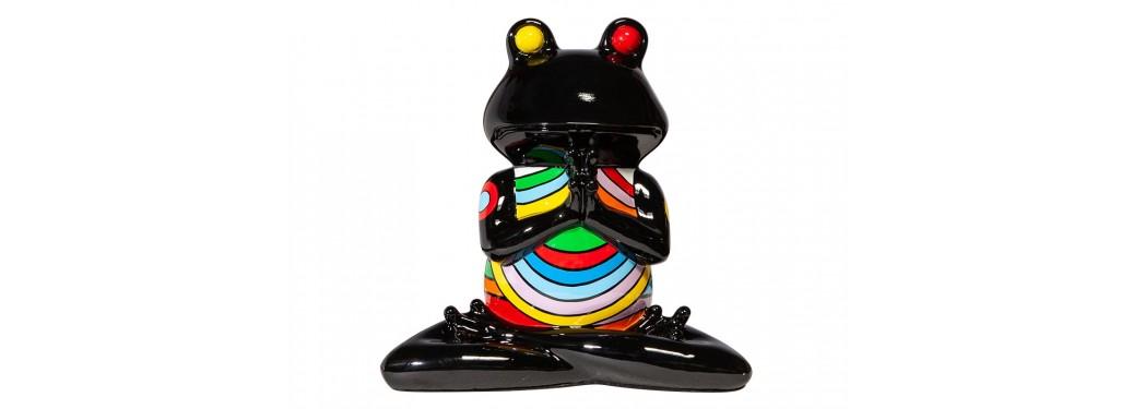 Statue grenouille prière en résine