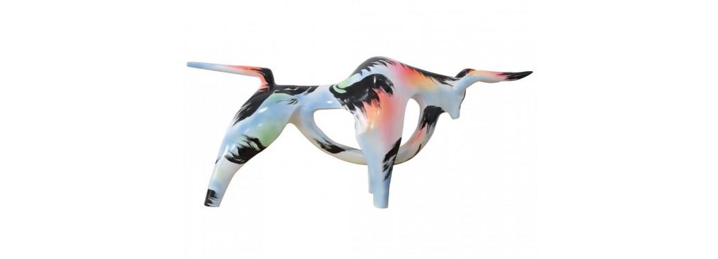 Statue taureau stylisée