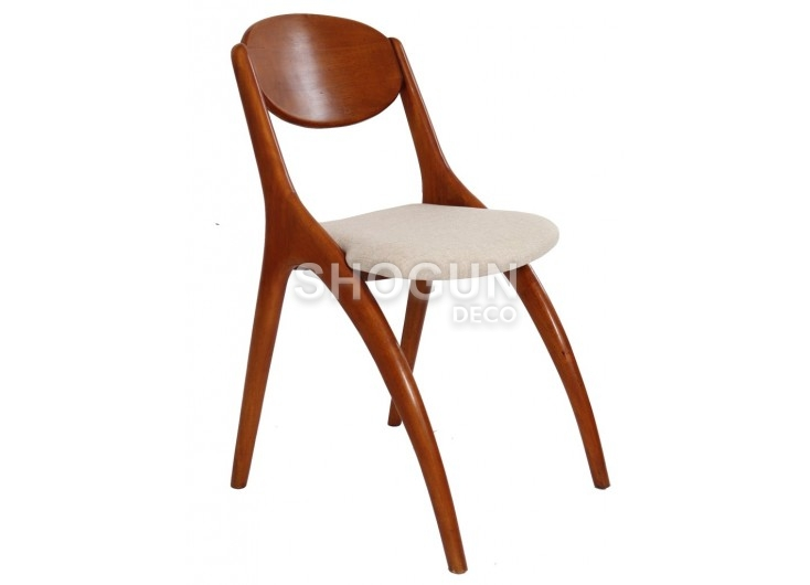 Chaise Scandinave Crabe beige - 3/4 face