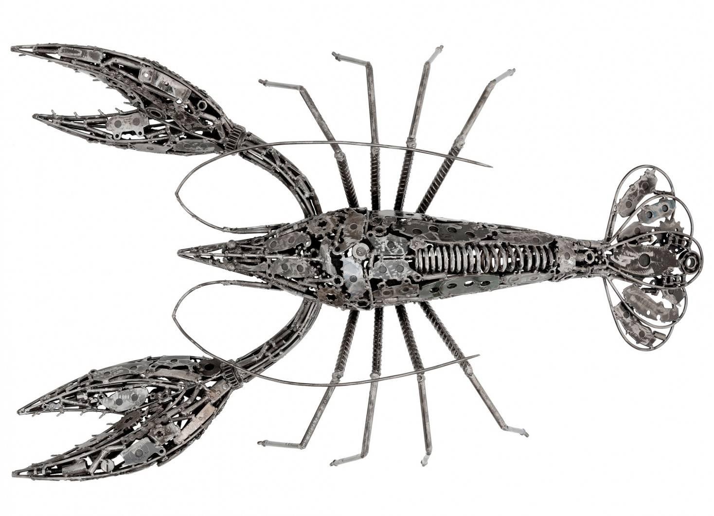 Sculpture de homard en métal récupéré