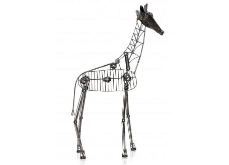 Sculpture de girafe en métal récupéré