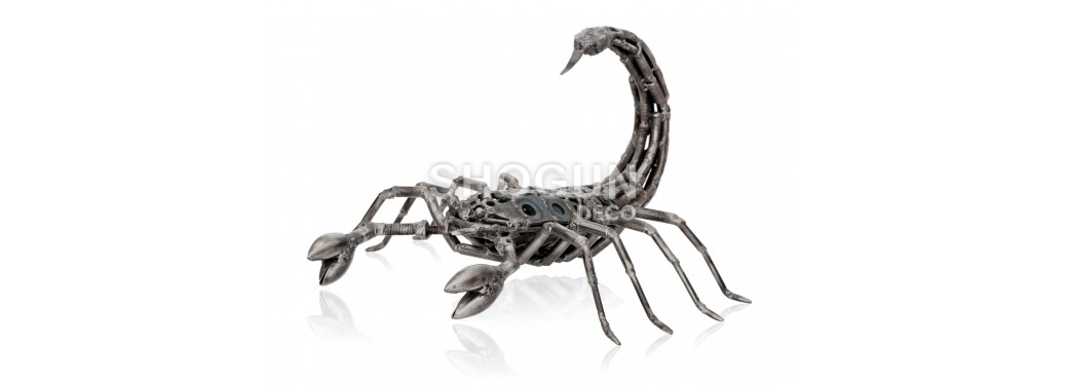 Sculpture de Scorpion en pièces de motos