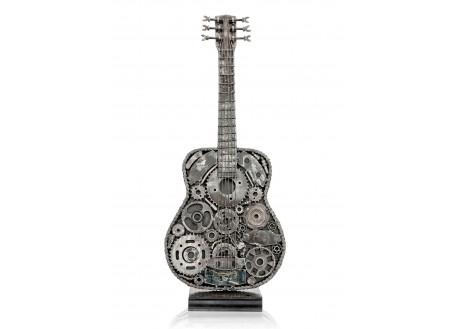 Sculpture de guitare sèche en métal récupéré