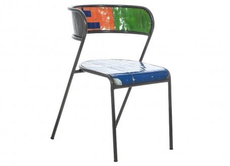 Chaise en bidon recyclé - artisanat