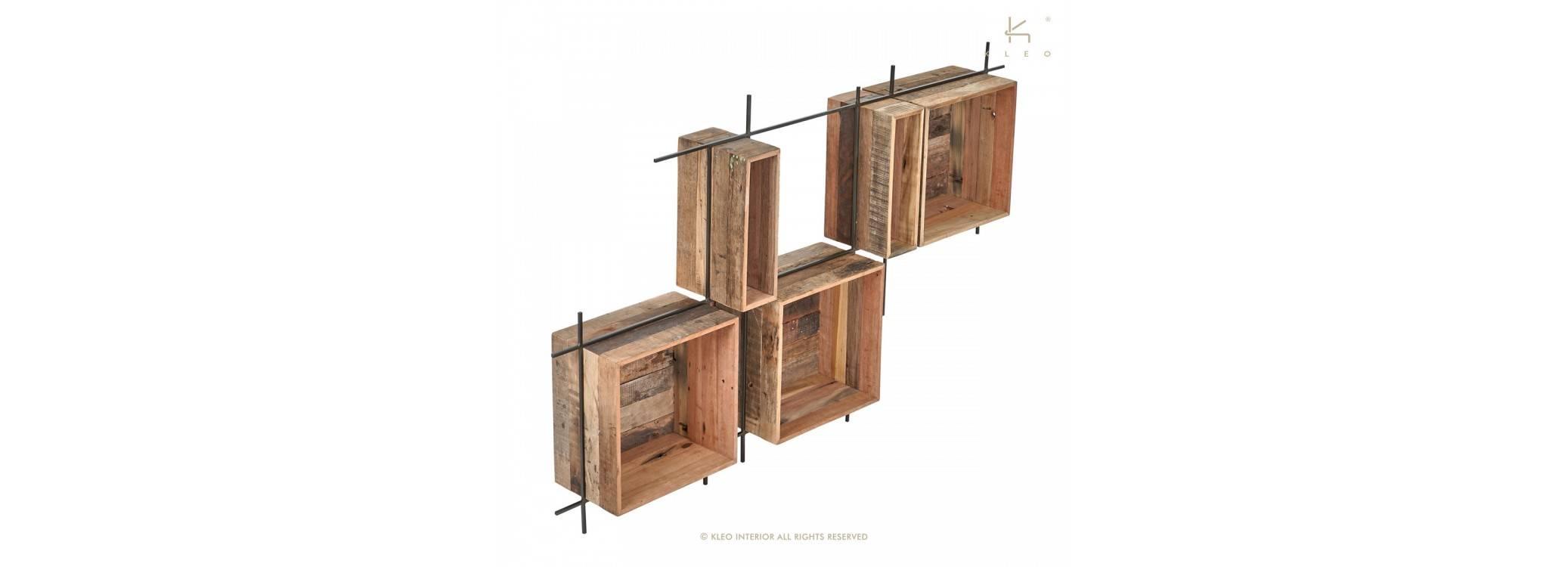 Wall-mounted horizontal decorative shelves
