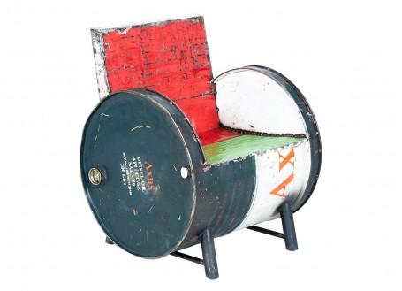 Fauteuil en bidon recyclé - artisanat