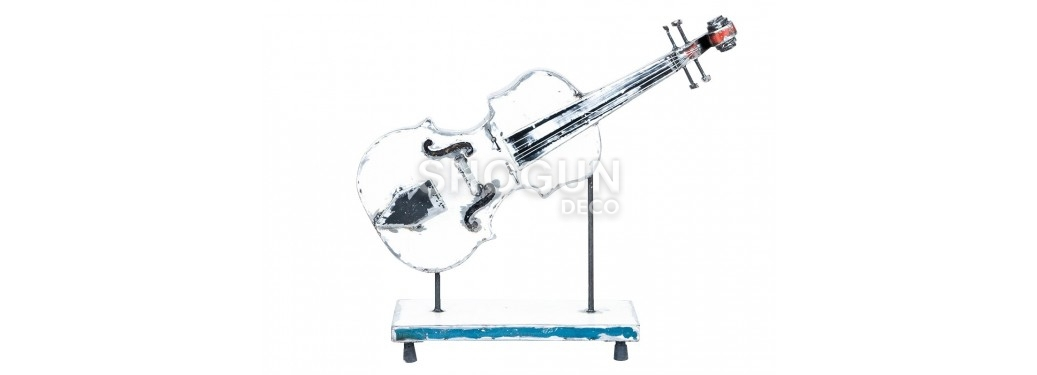 Violin made in recycled oil can - arts & crafts