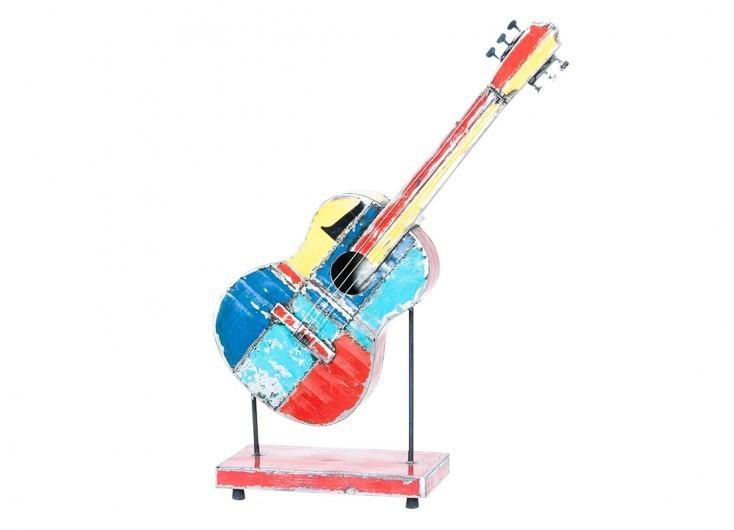 Guitare en bidons recyclés - artisanat
