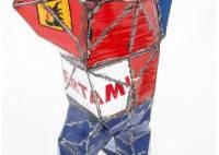 King-Kong en bidons recyclés - artisanat