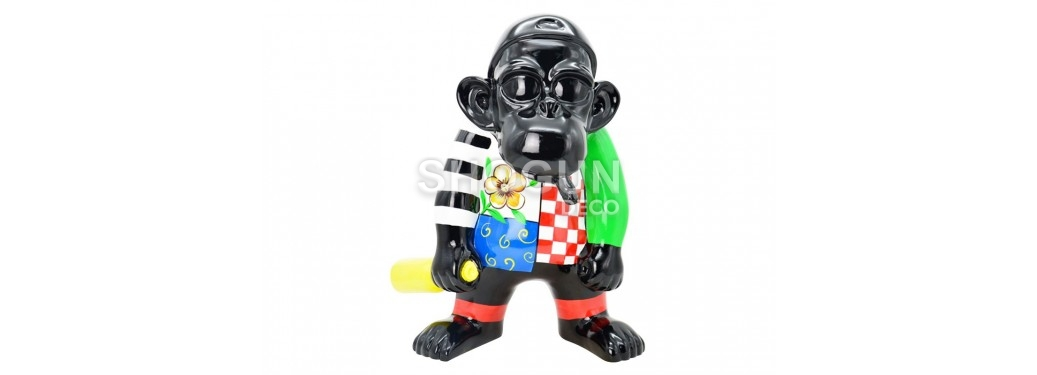 Statue gorille habillé en résine
